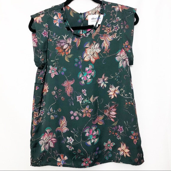 Alice Blue Tops   Stitch Fix Floral Blouse   Poshmark 2d915536e31